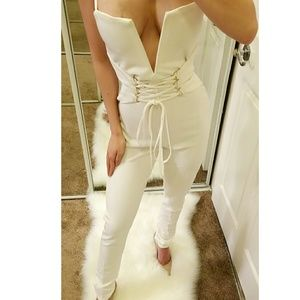 🆕️Sexy Plunging Corset Jumpsuit in White